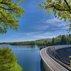 Conférence sur la construction du barrage de Saint-Etienne-Cantalès