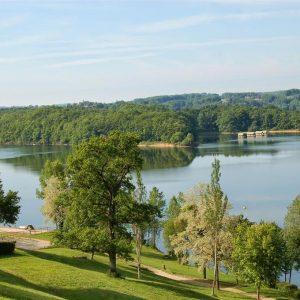 Lac de St Etienne Cantalès