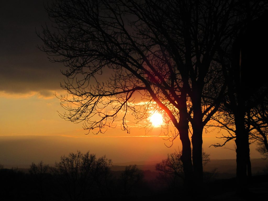 coucher de soleil chataigneraie cantal