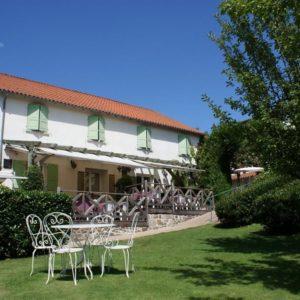 Auberge de la Tomette – Hôtel